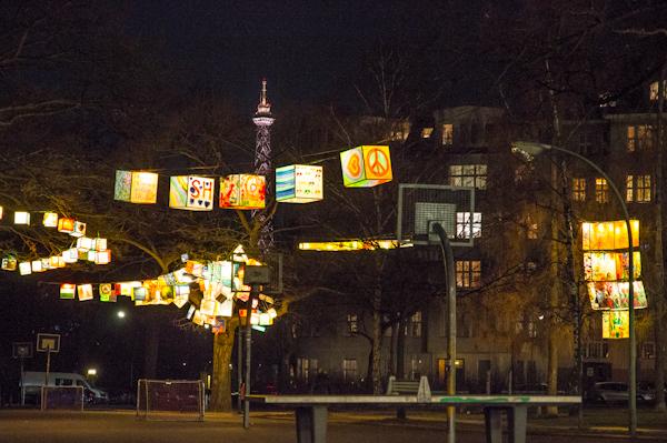 Lichtinstallation der Marconestiftung am Witzlebenplatz Berlin