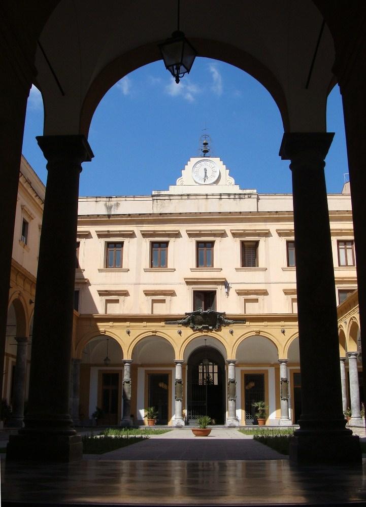 Palermo e dintorni ma anche la chiesa di san giuseppe for Portico laterale in stile casa in stile charleston