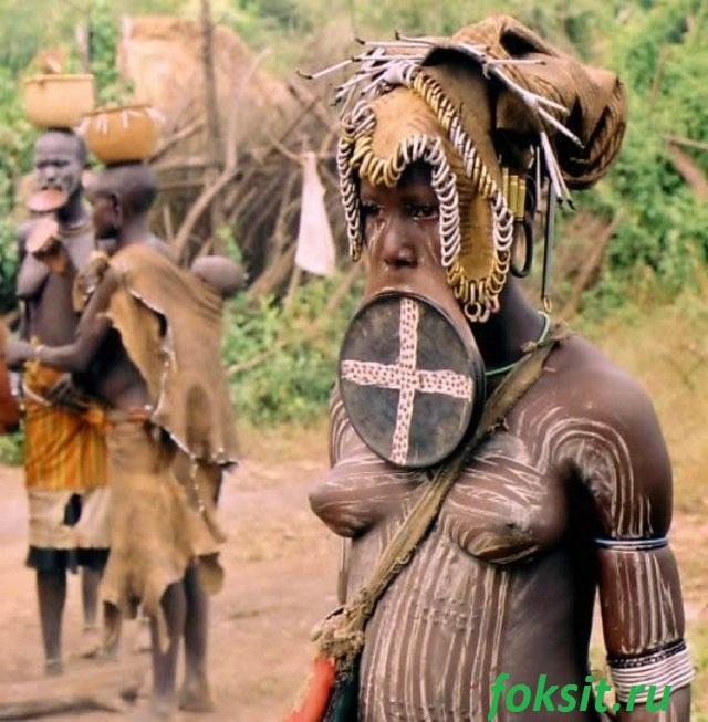 девушки африканских племён