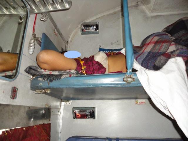 passenger aunty nude nighty removing   nudesibhabhi.com