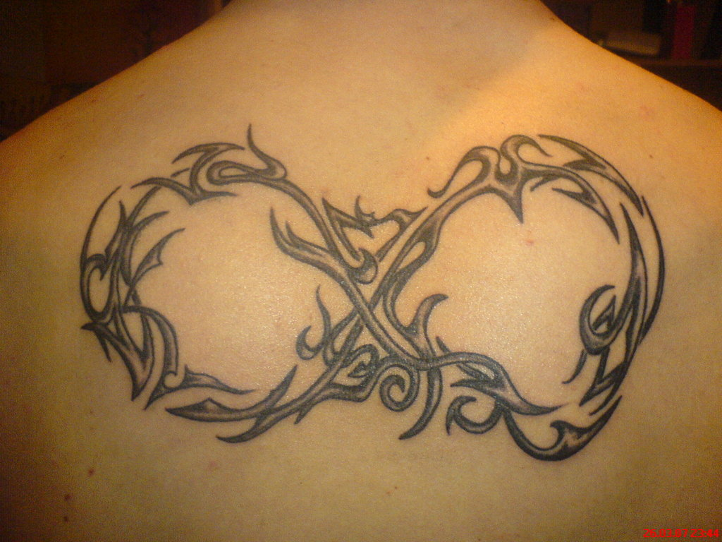 infinito tribal tattoo