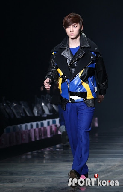 [Pic][070412] Minhyun en Seoul Fashion Week 8