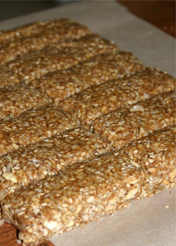 Jo and Sue: Peanut Butter Sesame Granola Bars