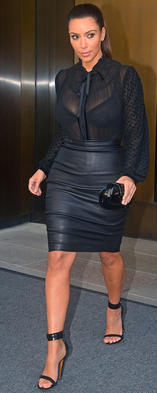 Kim Kardashian Frikik