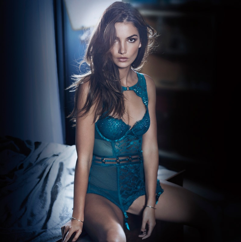 Victoria's Secret Very Sexy Campaign Holiday Latest