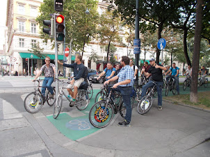 Cycling is a way of normal life in Vienna.
