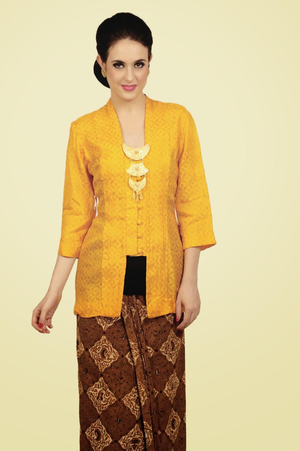 Foto Model Kebaya Kutubaru Trend Desain Kebaya Klasik Terbaru Kuning