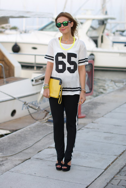 Pull & Bear number tee, side band pants, sporty chic look, football player top, t-shirt with number, Fashion and Cookies