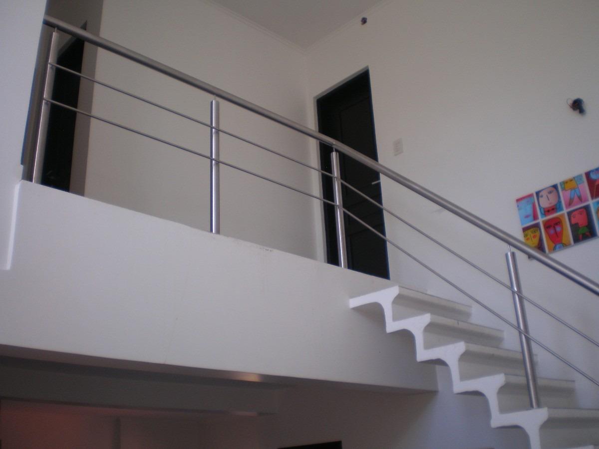 Escaleras y barandas de acero inoxidable - Barandas de escaleras de madera ...