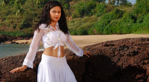 anupoorva very spicy glamour  images