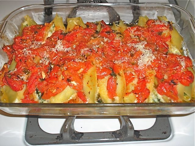 ... Lemon: Pasta Shells Stuffed with Spinach, Leek, and Three Cheeses