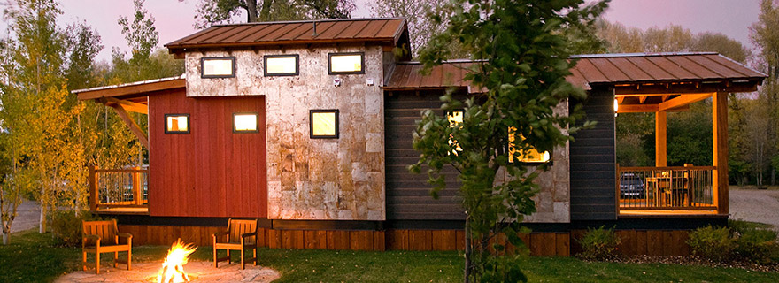 tiny house town the caboose 400 sq ft cabin by wheelhaus. Black Bedroom Furniture Sets. Home Design Ideas