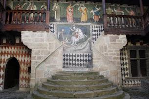 Affreschi al castello di Fenis