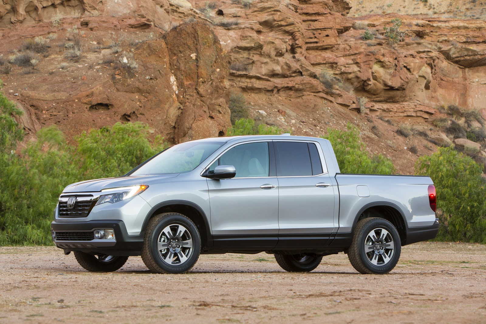 2017 ridgeline is honda s new soft pickup truck updated gallery. Black Bedroom Furniture Sets. Home Design Ideas