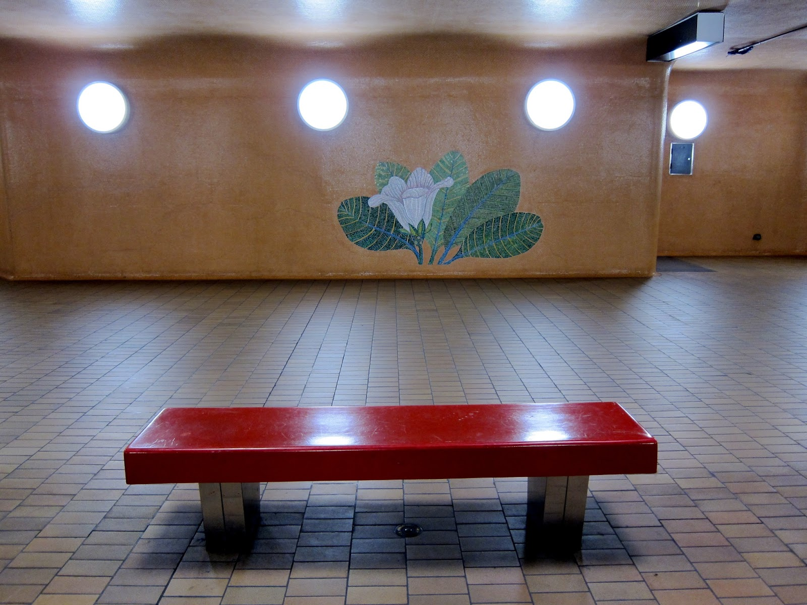 Bench at Dupont station