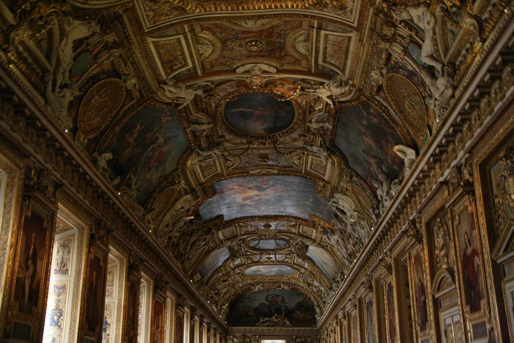 Vous aimez paris paris le musee du louvre for Le louvre interieur