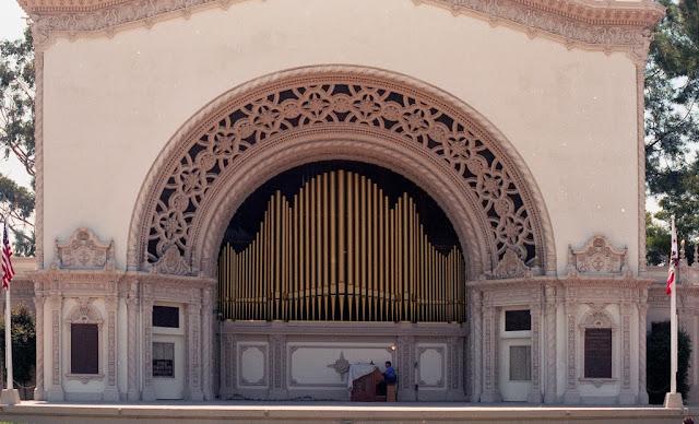 Spreckles Outdoor Organ, San Diego CA