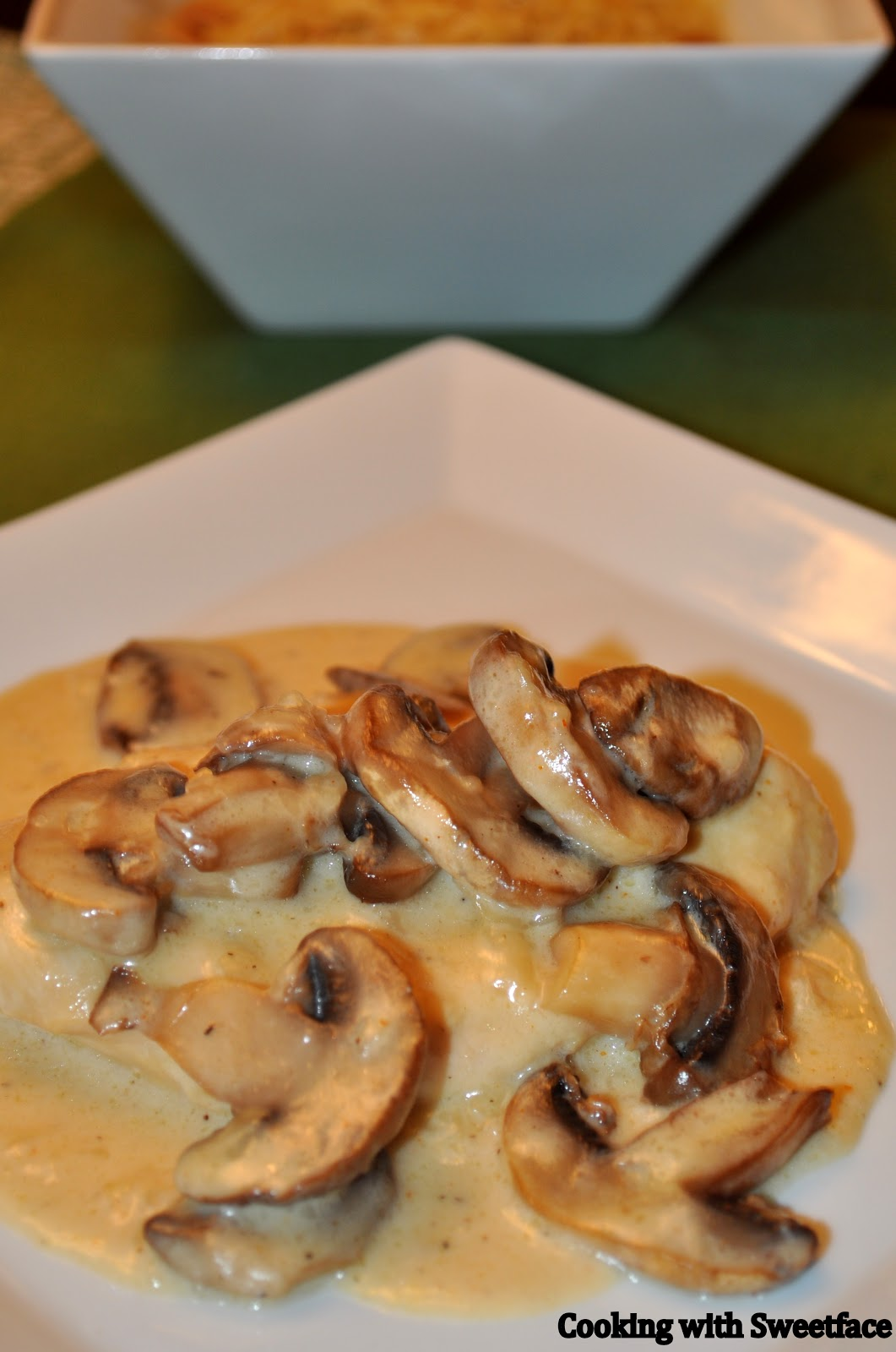CookingwithSweetface: Chicken with Mushroom Cream Sauce