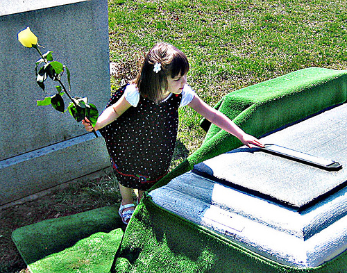 coping with death and funerals If the death has been expected, the hospice group who has been caring for the deceased should be contacted so they can officially pronounce the death you can then call the funeral home of your choice to remove the body and follow the personal wishes of the deceased.