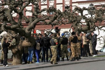 Самооборону майдана бросили на зачистку митингов