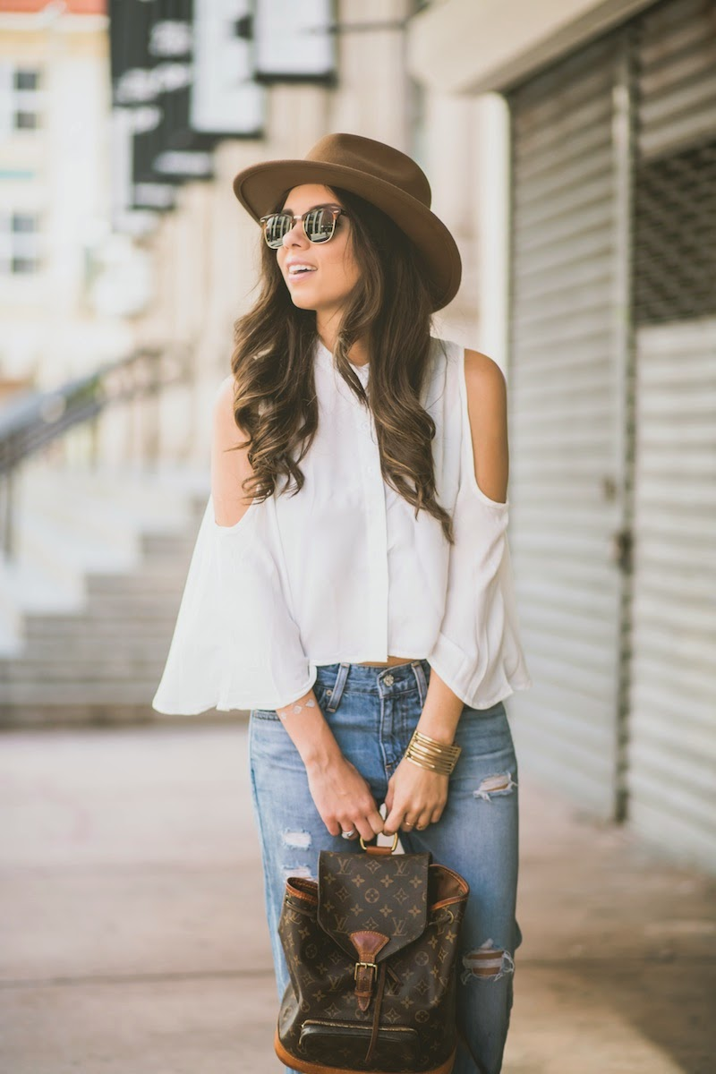 fashion, miami fashion, miami fashion blogger, fashion bloggers, daniela ramirez, nany's klozet, boyfriend jeans, hat, exposed shoulders, oxfords, louis vuitton