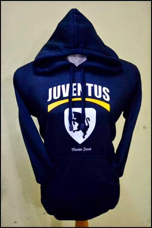 Jumper Hoodie Bola Polos (Satu Warna) - Juventus Logo