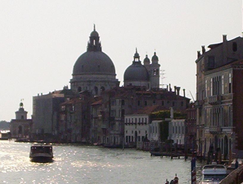 Basilica-di-Santa-Maria-della-Salute-Venice-Italy-2006-Sealiberty