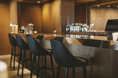 cathay pacific manila lounge