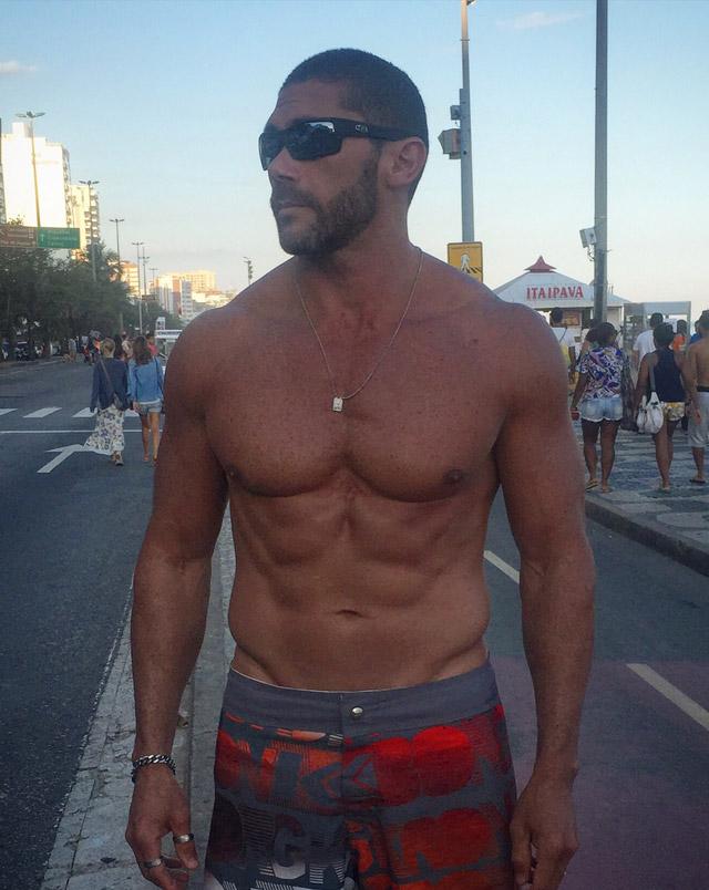 Após se recuperar de uma cirurgia, Pedro Filho volta a se exercitar e mostra o corpo sarado. Foto: Arquivo pessoal