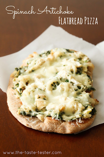 Spinach Artichoke Dip Flatbread Pizza #recipe via The Taste Tester