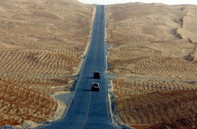بالصور والفيديو: طريق صحراء تاريم: أطول وأقسى وأوحش طريق صحراوي في العالم!