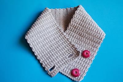 Cuello de lana de ganchillo