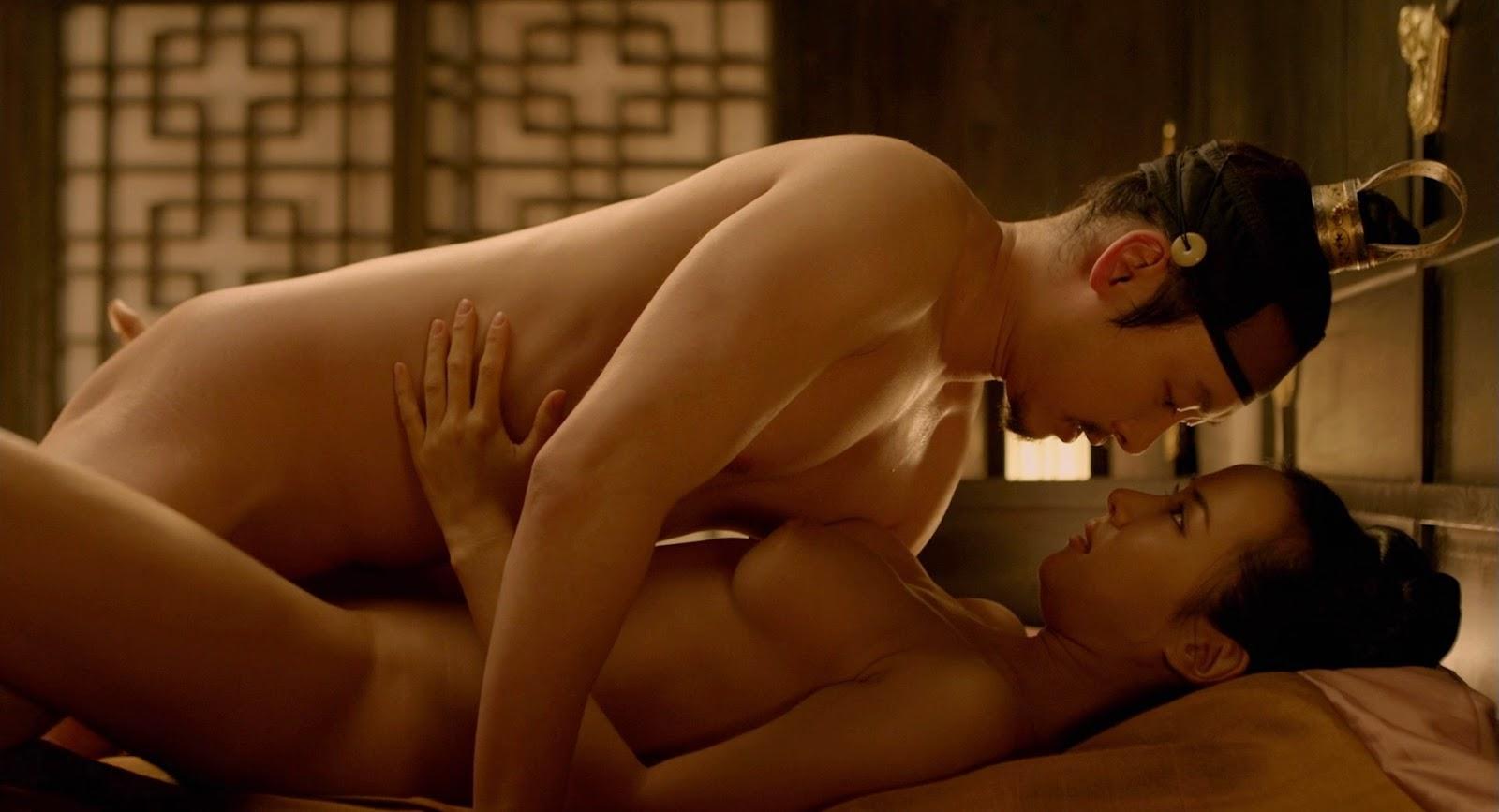 Лучшие эротические фильмы для взрослых онлайн
