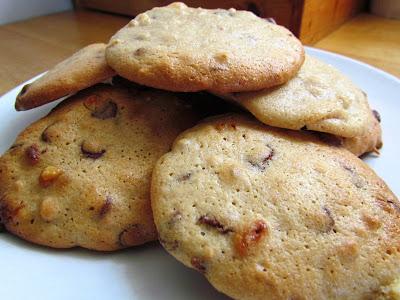 Peanut and chocolate cookies, recipe, food, treats, baking