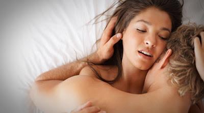 Khusus Pria Dewasa: Yang Perlu Diperhatikan Saat Berhubungan Intim