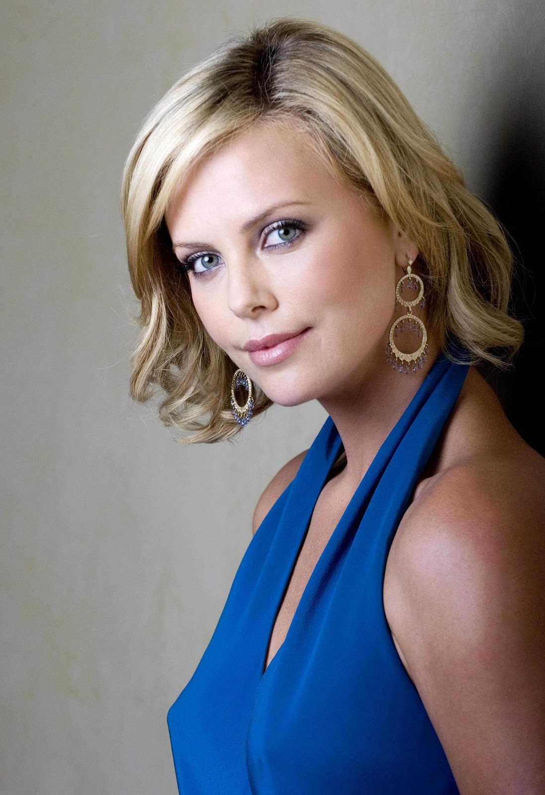 Charlize Theron summary | Film Actresses Charlize Theron