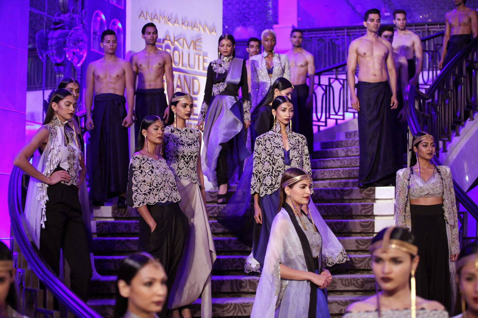 Overview of Lakme Fashion Week Summer/Resort 2015 | Anamika Khanna collection at Lakme Fashion Week Summer/Resort 2015