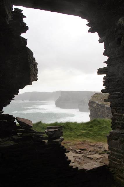 Cliffs of Moher, Hag's Head, Ireland, travel, expat life, County Clare