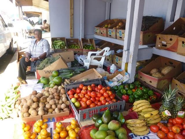 cruiser provisioning fruit nassau bahamas