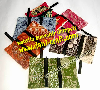 gambar dompet lipat batik