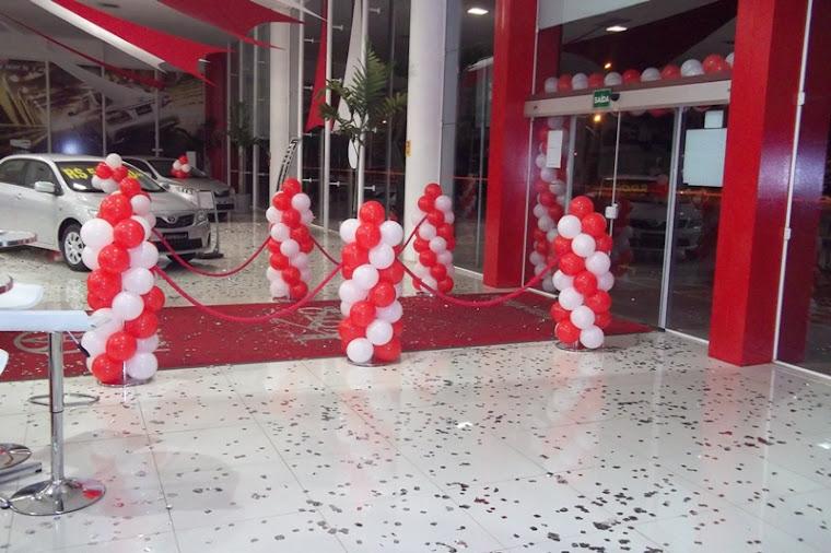 Decoração com balão concessionária no SIA