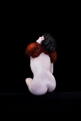 Nina Khazani Artist, Nude model with collar made from red hair