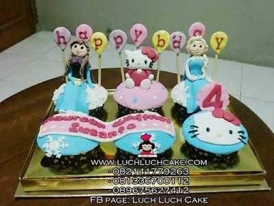 Cupcake Frozen dan Hello Kitty