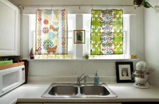 Have A Window Over Kitchen Sink Or In Splatter Zone Use Towels For Curtains