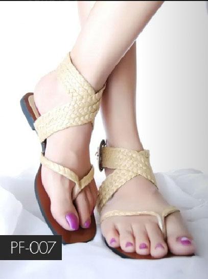 New Pakistani Designer Ladies Sandals Chappals
