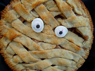 mummy apple pie for halloween