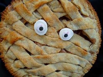 mummy apple pie for halloween