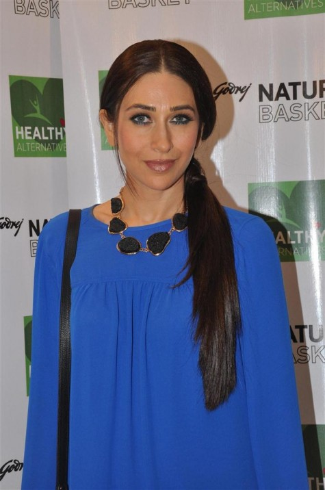 Celebrity Hairstyle Ideas For Girls Karishma Kapoor Long Straight Side Ponytail Hairstyle
