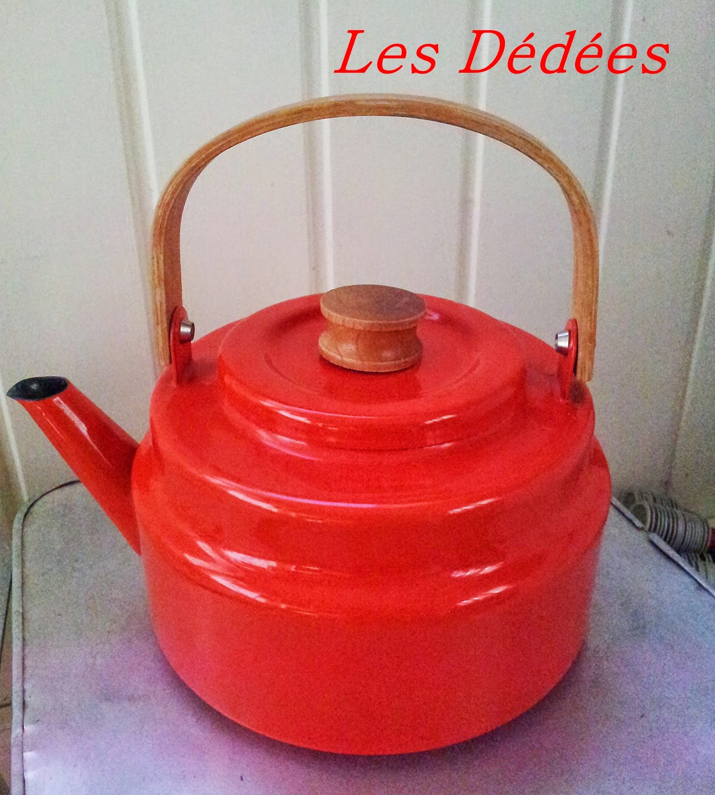 Les dedees : vintage, recup, creations: BOUILLOIRE EMAILLEE ...