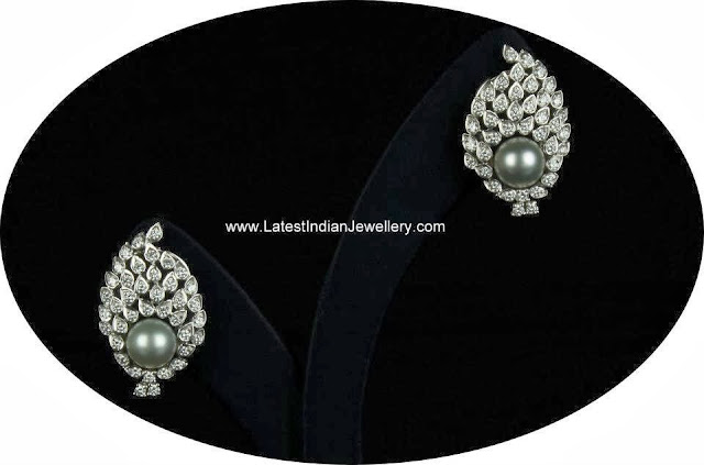 Diamond Pearl Studs